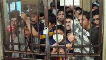 A las puertas de un crimen social: en las cárceles el Covid-19 camina en libertad