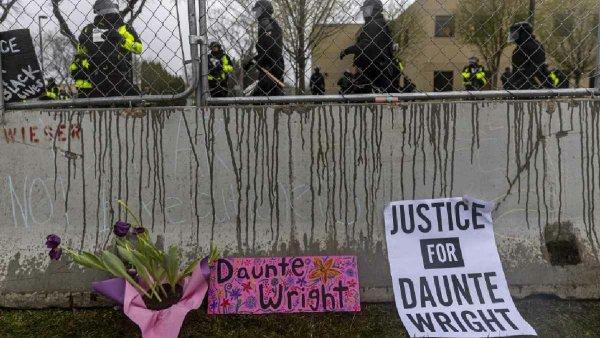 """EE.UU.: la oficial que asesinó a Daunte Wright dijo que """"se confundió"""" de arma"""